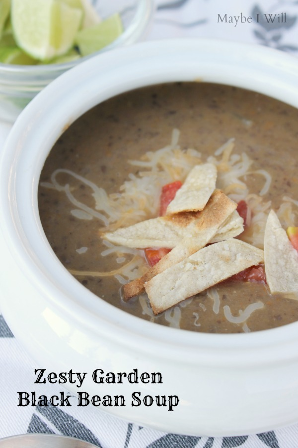 Zesty Garden Black Bean Soup...Perfect for those chilly fall nights! #gardensoup #vegetarian #blackbeans #healthy