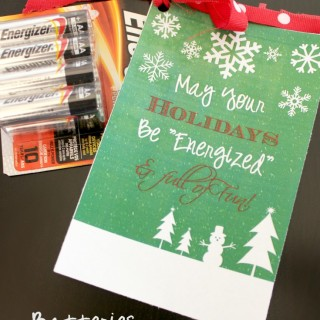 This Neighbor gift idea is brilliant!! Everybody needs batteries this time of year :) #genius