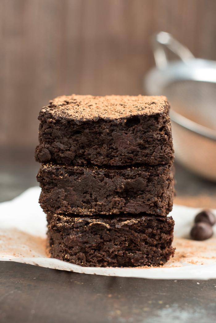 Dark-Chocolate-Black-Bean-Brownies-1-3-700x1048
