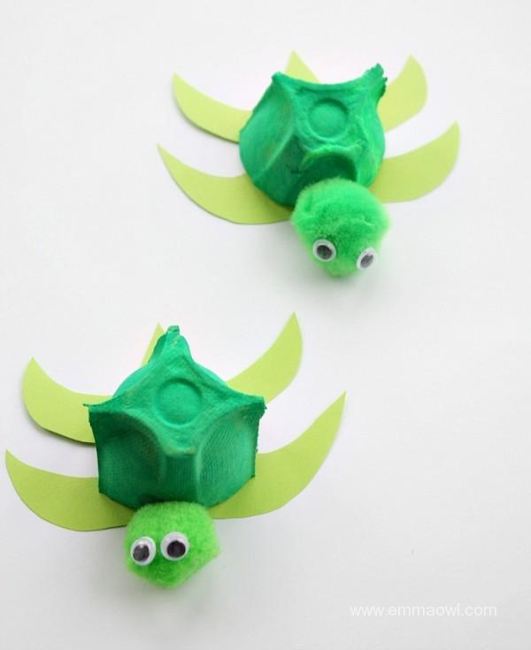 Egg-Box-Turtles-600x735